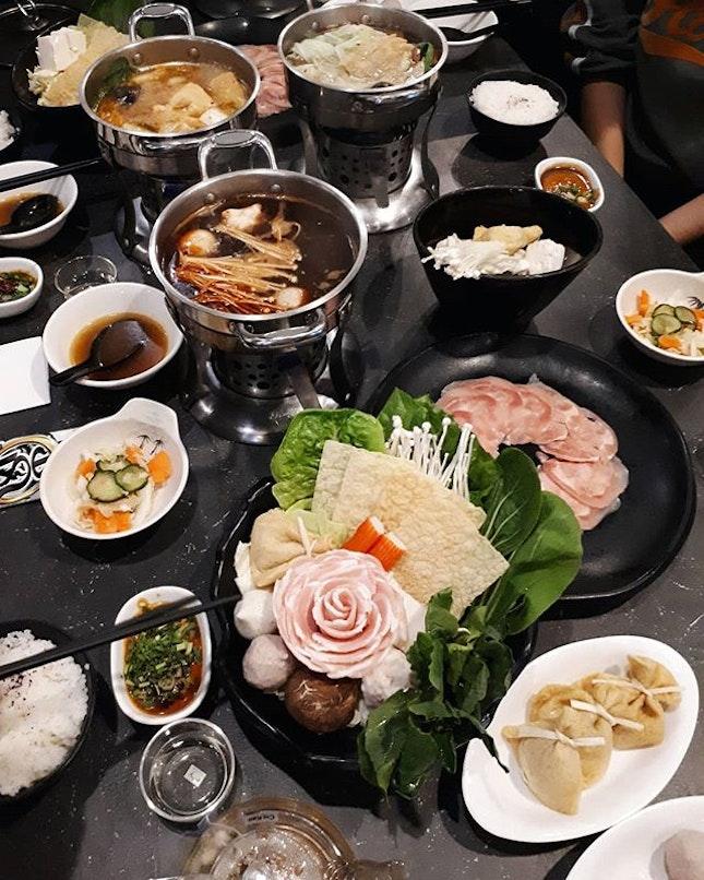 Shabu-shabu 😍😋 還有什麼比雨天吃火鍋還要應景的嗎? #hmfoodsteps📍jb