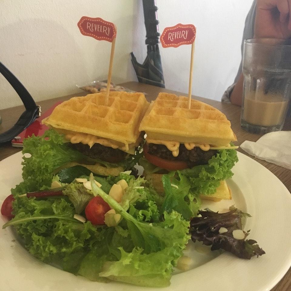 Waffle Burger!