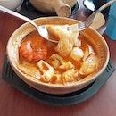 Claypot Tom Yum Noodle