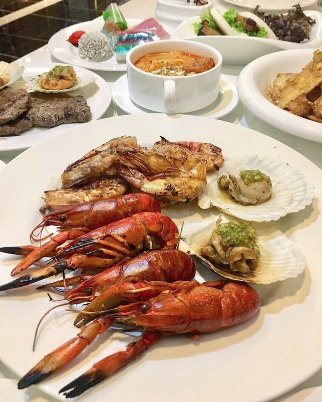 Rasa Sayang BBQ Seafood Buffet at Royale