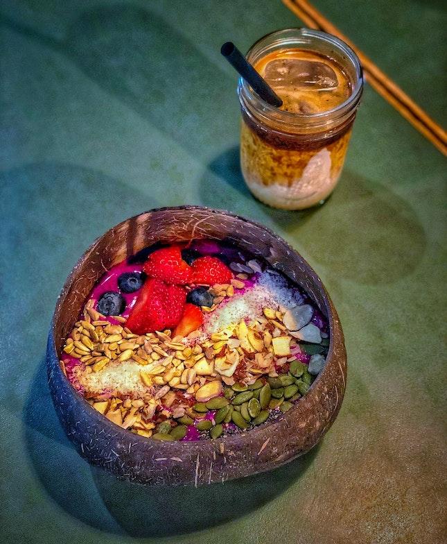 Smoothie Bowl And Muddy Espresso