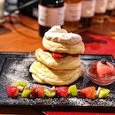 Strawberry Cream Fluffy Pancake ($20)