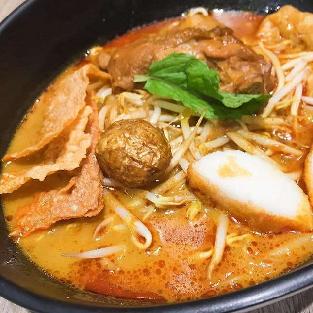 Craving for something curry-based but not wanting laksa?