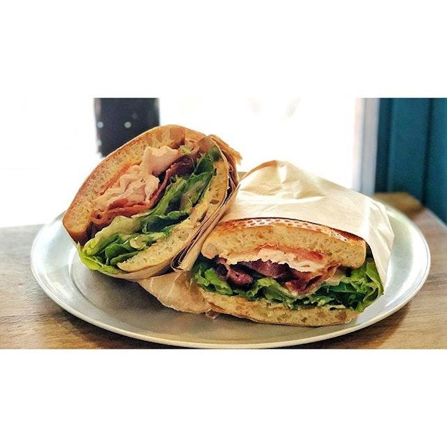 | 🌯 Huge Serving of Turkey Sandwich 。...