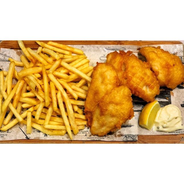 | 🍟 Chunks of Golden Fish & Chips 。...