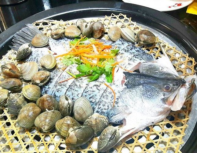 We loaded the Sea Bass (SGD$25.00) and Clams (SGD$12.00), the recommendation steam time was 4 to 5 minutes.