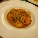 Seared Scallop & Prawn Linguine $28