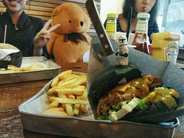 The bear killed the burger.