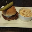BBQ Pigwich 18.5++