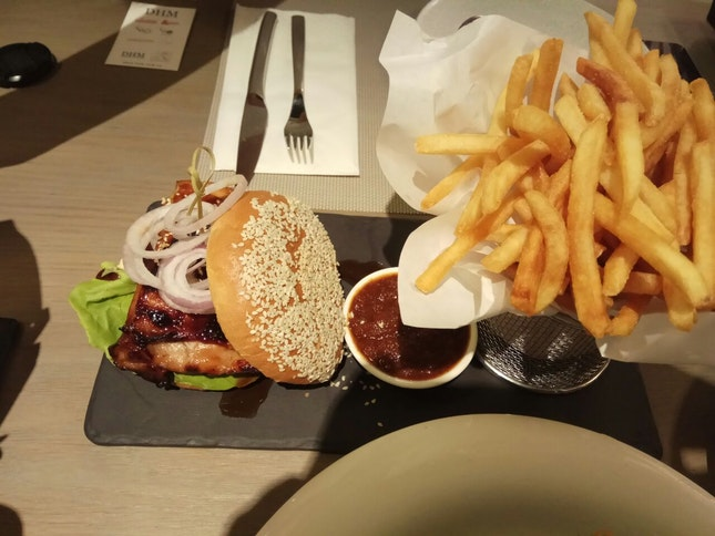 The Chicken Burger (&Made) 16++