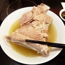 Having bak kut teh with bff which i didn't meet up for years..
