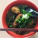 """卤面 lor mee S$3Apparently """"the best lu mian in town""""."""