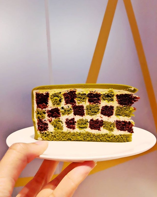 Girls Meet-Up Gospel over Dessert ;) #throwback #fluffyunicorn🦄 #2018❤️ #ladym #ladymcakes #cafehoppingsg #desserttime #matcha #chestnut #chocolatemillecrepe #igsg #igsgfoodies #whati8today #nomnomnom #burpple #burpplesg