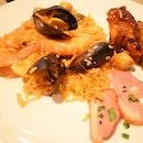 love for paella #burpple #novotelhotel #thesquare #seafood#prawns#rawshell