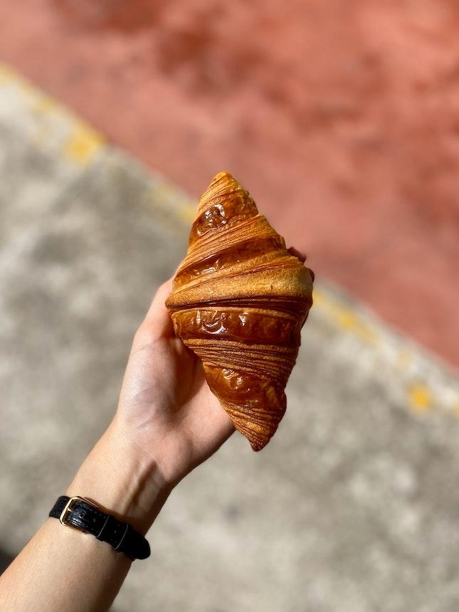 Plain Croissant ($3)