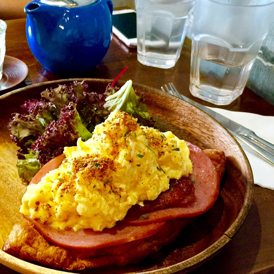 Croissant With Ham And Scrambled Eggs
