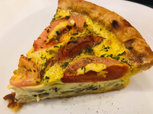 Mushroom And Tomatoes Quiche