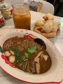 Authentic Thai Restaurant Experience