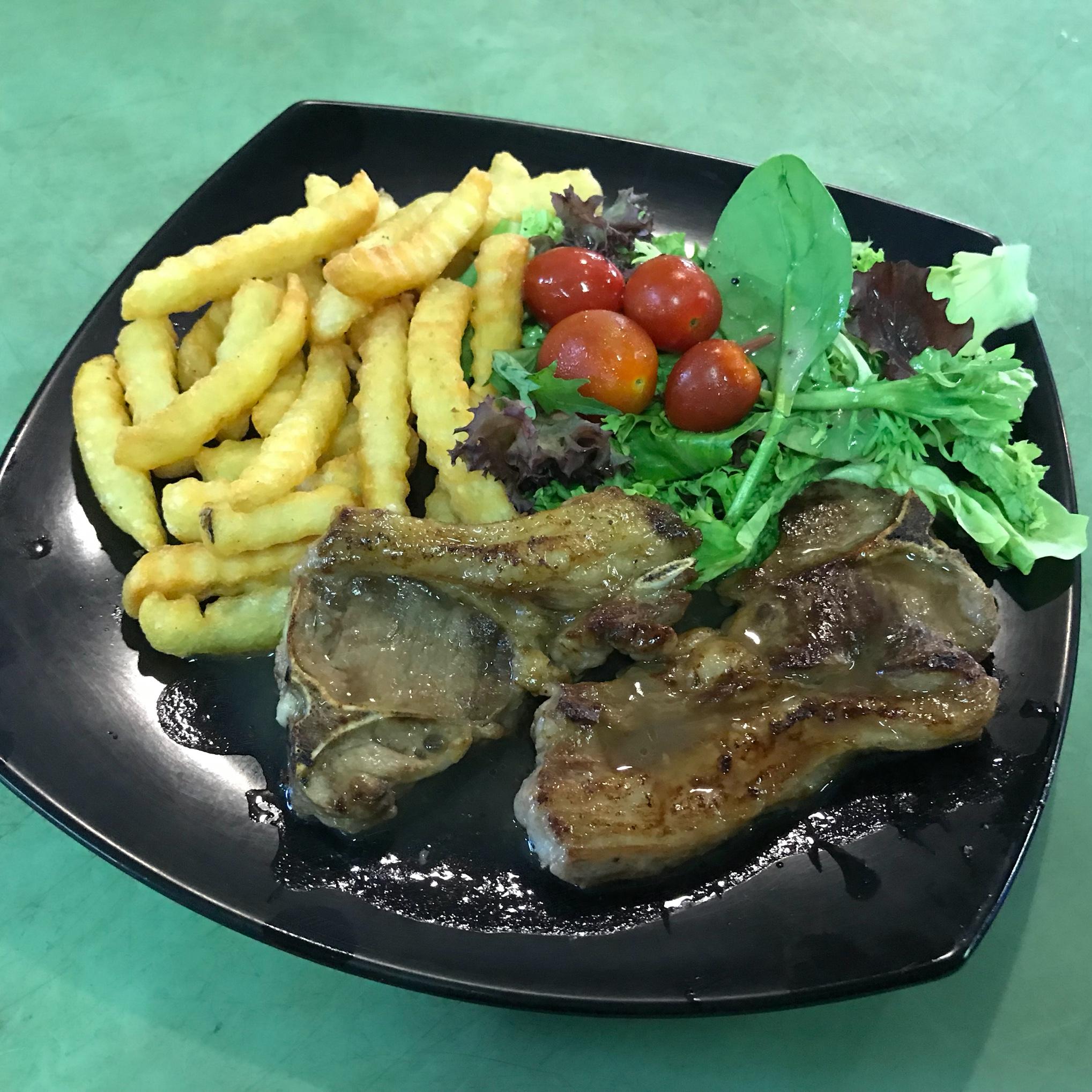W Kitchen Western Food