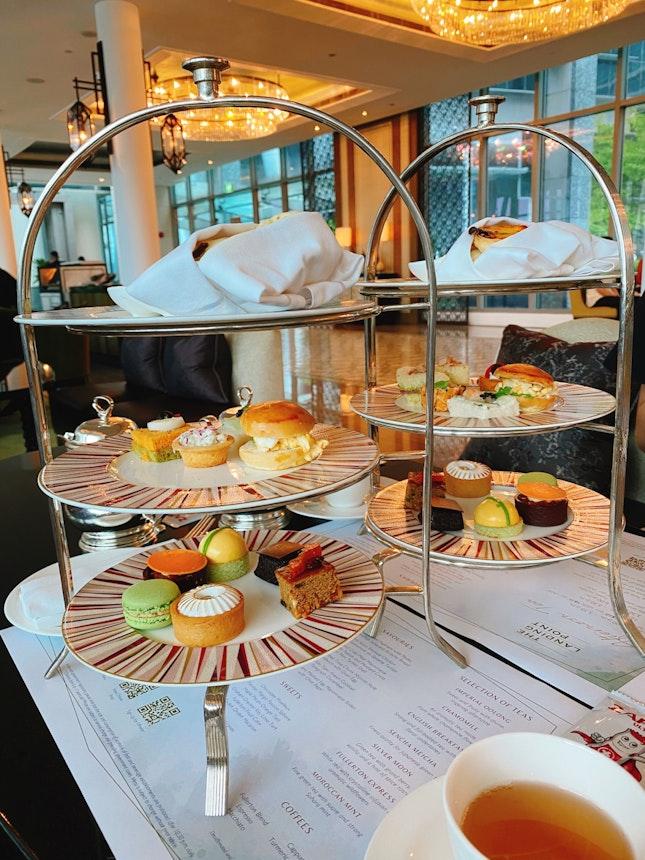 ☕️ High Tea Set