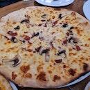 Carbonara Pizza ($24)