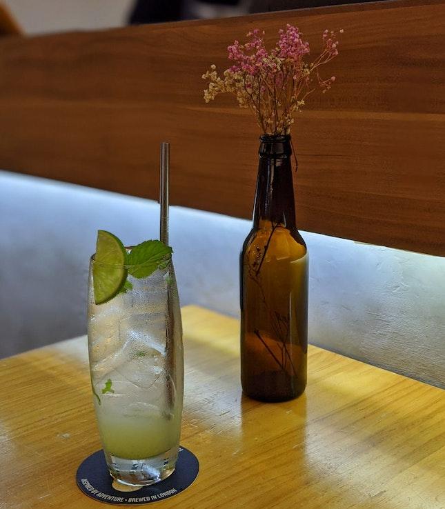 Refreshing mojo ($4.50)