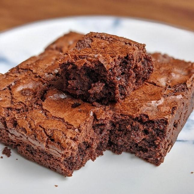 Dark Chocolate Salted Brownies