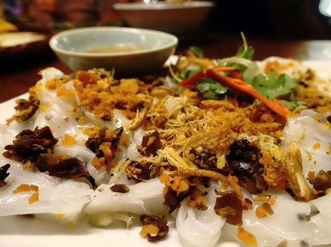 Another firm fav of mine and the best ones are found in Vietnam, Banh Cuon, or Vietnamese steamed rice rolls.