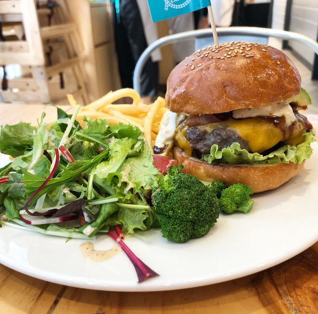 Order This Or Suffer From Serious Burger Envy