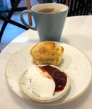 Nothing like hot scones with cream and jam and a cup of earl grey.