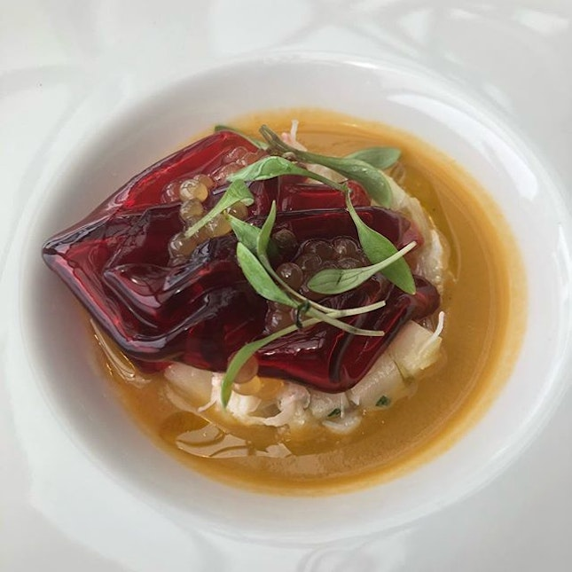 Swimming in a cantaloupe gazpacho and dressed in beetroot jelly, this blue swimmer crab made an impressive debut at lunch.