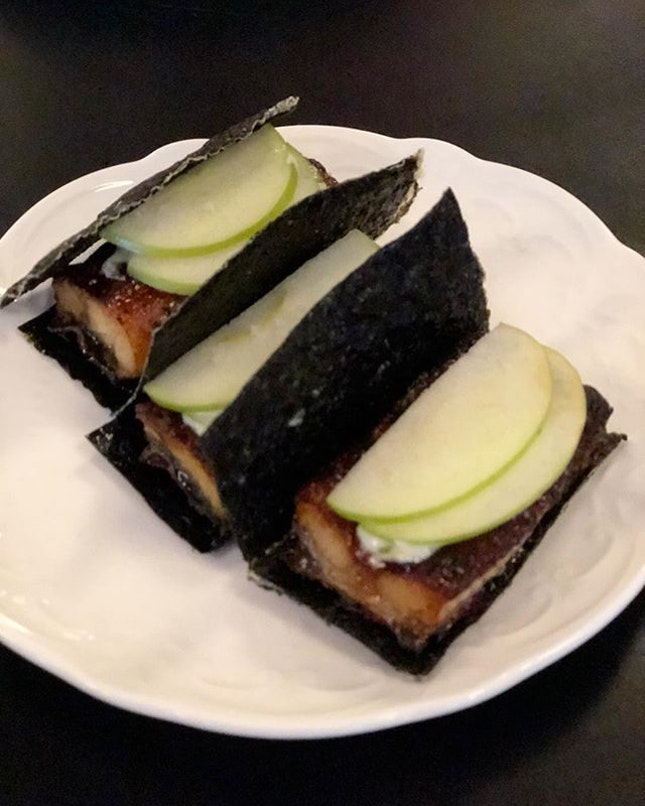 This Unagi tucked between seaweed crackers was the bomb!