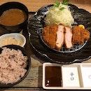 北海道產「ゆめの大地」熟成豚かつ定食  $32.80