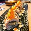 Aburi salmon mentai maki  A really solid aburi mentai maki, with enough mentaiko sauce slathered over the roll.