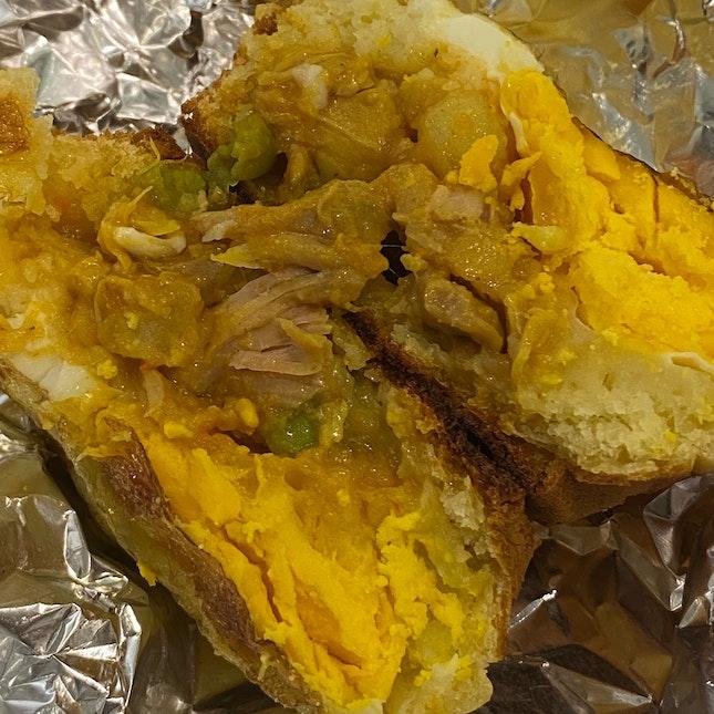 Chicken Veggie Curry Eggwich
