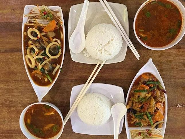 Vietnamese food for dinner 😋 #burp #thanks @mdmyeo #foodporn