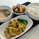 Grilled Lemongrass Chicken with Green Chilli Marmalade and Pearl Rice ($6.80)