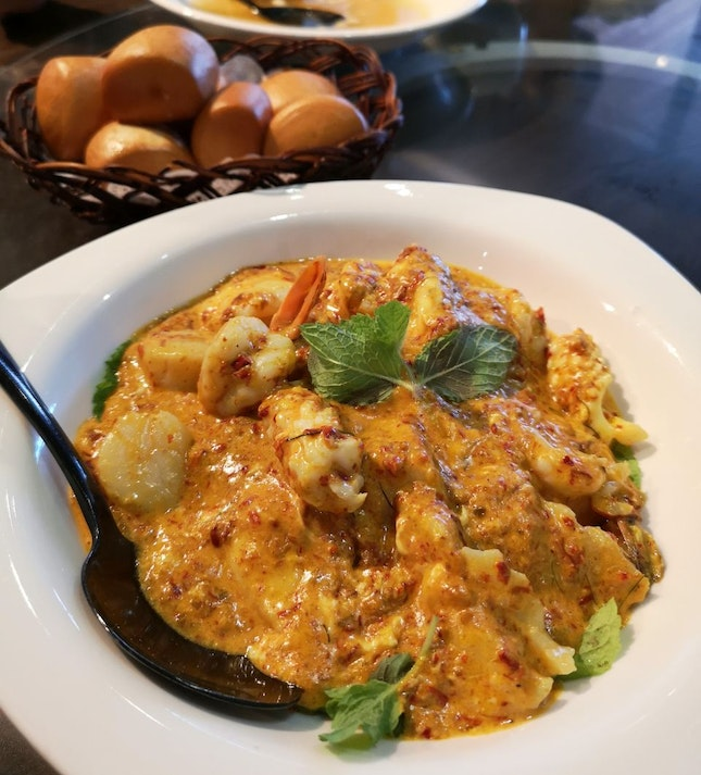 Spicy Seafood Combination ($28/$41/$56)