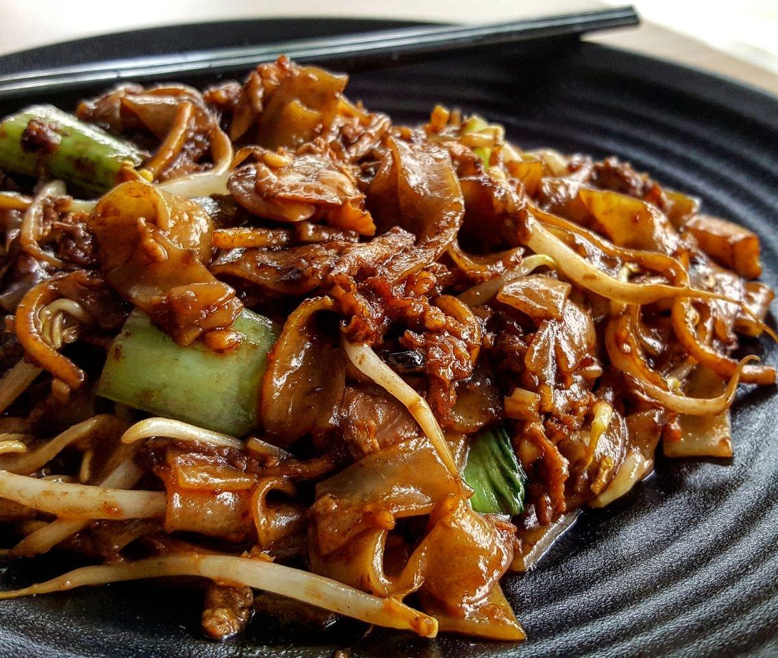 Hua Hua Cooking And Eating