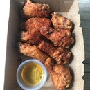 Honey Paprika Crispy Wings $10+
