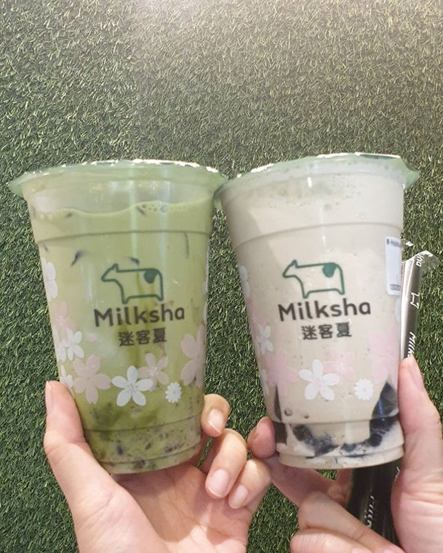 #milkshamoment Azuki Matcha Milk ✕ Hojicha Jelly Frost 2 f0r $8 (their Jp series drinks) ♡ Luving é hojicha & grass jelly combi 😍 Hope this drink stays long term on é menu!