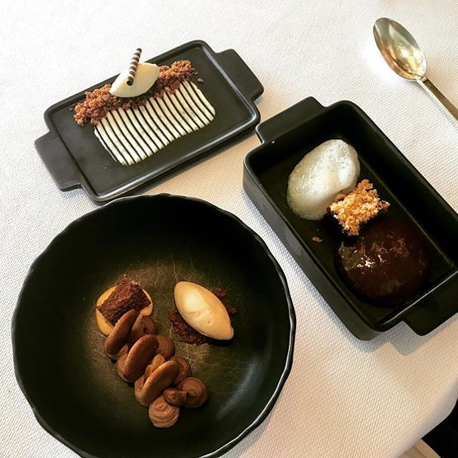 Lunch / 12 Oct 2018: Ivory Caramel.
