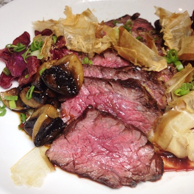 Need Onglet, teriyaki mushrooms, sweet potato chips and bonito from #MooseHeadSG , now we are going japanese influenced.
