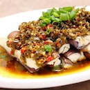 [Si Wei Yan] - For those that can't really take spicy food, the Eggplant Topped with Homemade Green Chilli ($11) will be my recommendation.