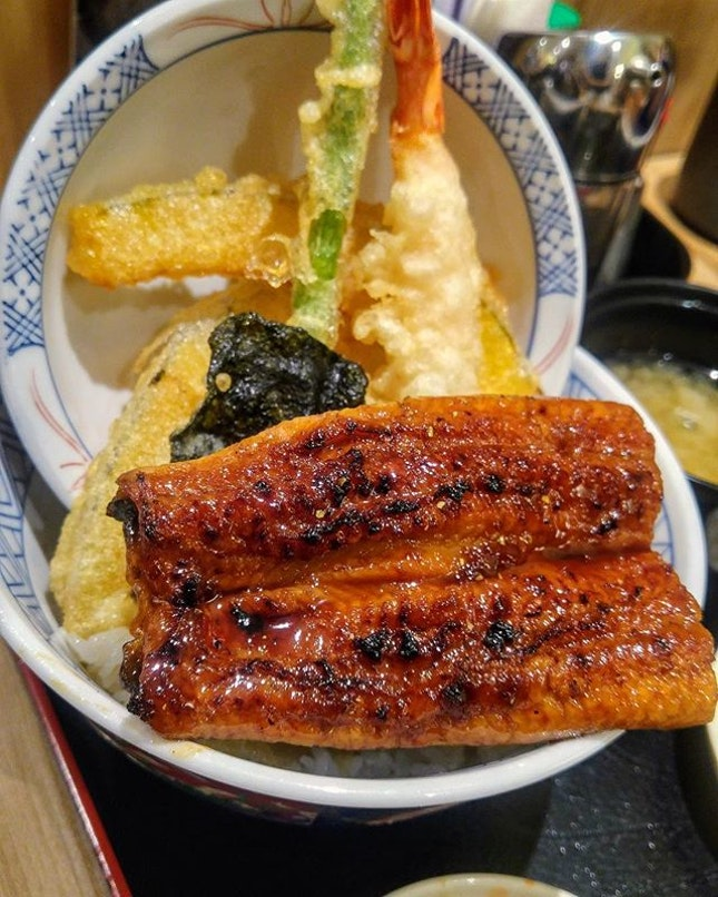 [Tempura Ten Ten] - Unatendon ($19.80) allows you to try both the assorted tempuras and freshly grilled unagi from Kagoshima.