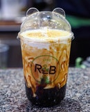 [R&B Tea] - Bubble tea lovers are in for a treat as @rbteasg launches the very first Brown Sugar Boba Milk with Cheese Brulee in Singapore.