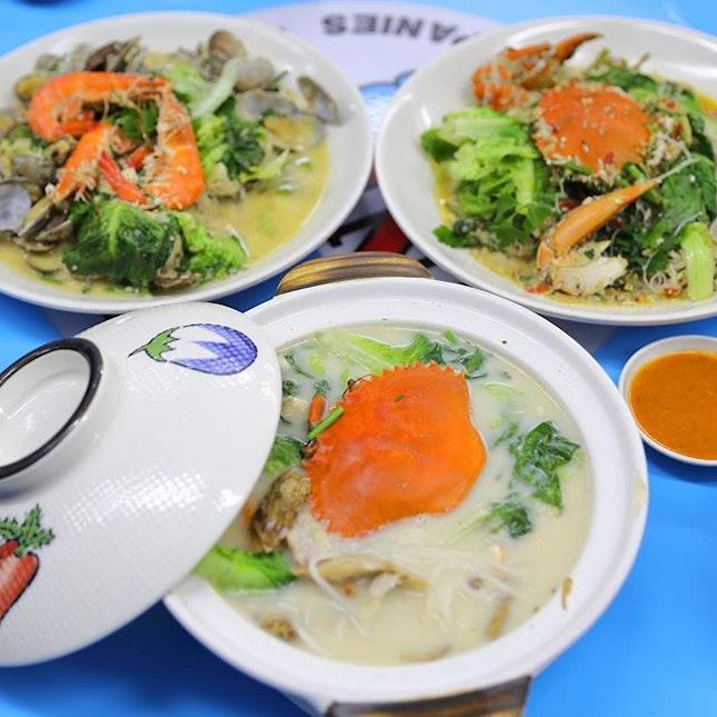 [Don Signature Crab] - Crab Beehoon Soup ($25 small), Black Pepper Crab Beehoon ($25 small), La La Prawn White Beehoon ($15).