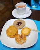[AquaMarine] - a cup of Hong Kong Milk Tea to go along with the tradition Hong Kong snacks such as Hong Kong Red Bean Rice Pudding, Bolo Bun, Egg Tart, Walnut Cookies.