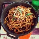 重口味早餐 #airport #airportfood #hongkong #friednoodle #sizzling #udon #foodstagram #foodie #foodporn #instafood #noodle #chinesefood #fastfood