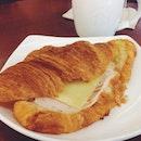 Ham, Bechamel & Cheese Croissant